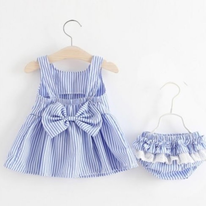 baby blå kjole